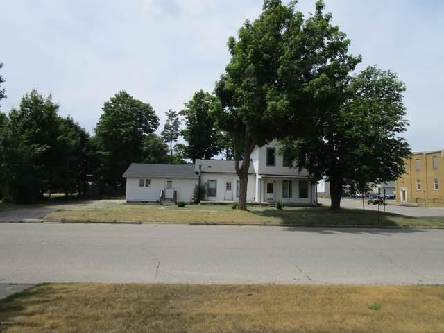729 Osceola Avenue Avenue, Big Rapids, MI 49307 (MLS #20028507) :: Keller Williams Realty | Kalamazoo Market Center