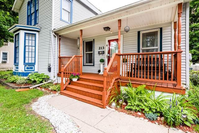 213 E Prairie Ronde Street, Dowagiac, MI 49047 (MLS #20028627) :: Jennifer Lane-Alwan