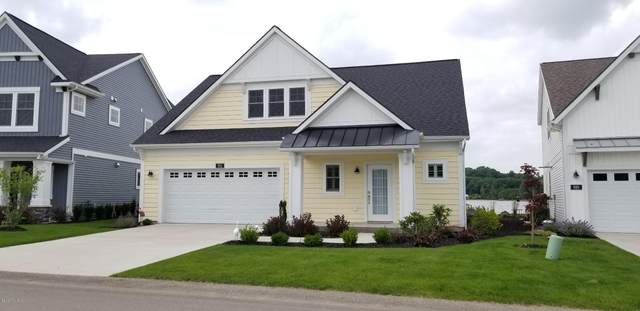 912 S Cove Circle, Whitehall, MI 49461 (MLS #20029163) :: JH Realty Partners