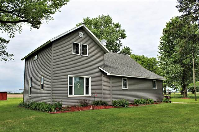 7223 E Tyler Road, Breckenridge, MI 48615 (MLS #20029175) :: Ginger Baxter Group