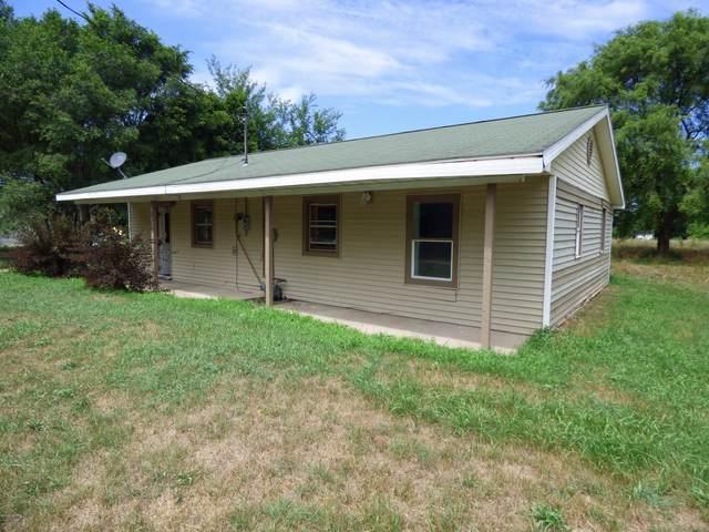 3368 Riverside Road, Benton Harbor, MI 49022 (MLS #20029946) :: Jennifer Lane-Alwan