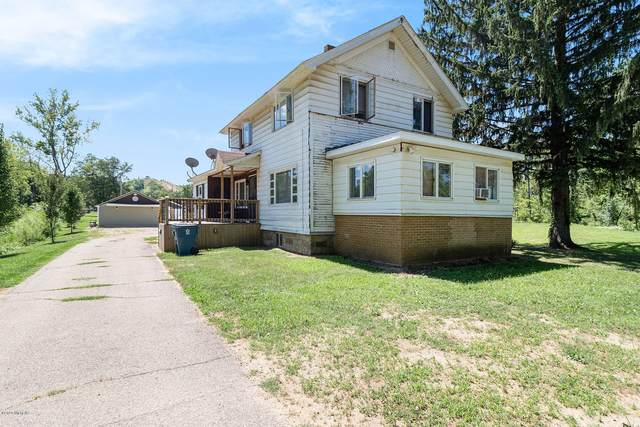 722 River Road, Otsego, MI 49078 (MLS #20029994) :: Ron Ekema Team