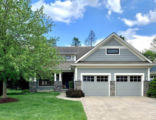 2903 Woodgate Lane, Kalamazoo, MI 49008 (MLS #20030269) :: Jennifer Lane-Alwan