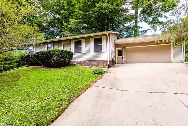 6225 Beechwood Court, Eau Claire, MI 49111 (MLS #20031093) :: Ginger Baxter Group