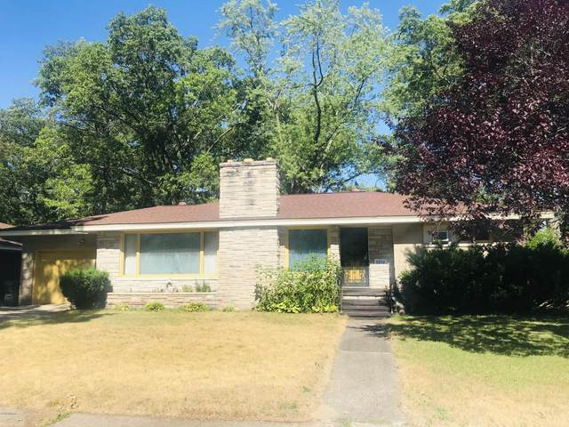 1314 Eastwood Drive, Muskegon, MI 49442 (MLS #20031162) :: Jennifer Lane-Alwan