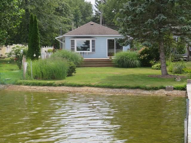 4829 S Long Lake Drive, Portage, MI 49002 (MLS #20031385) :: CENTURY 21 C. Howard