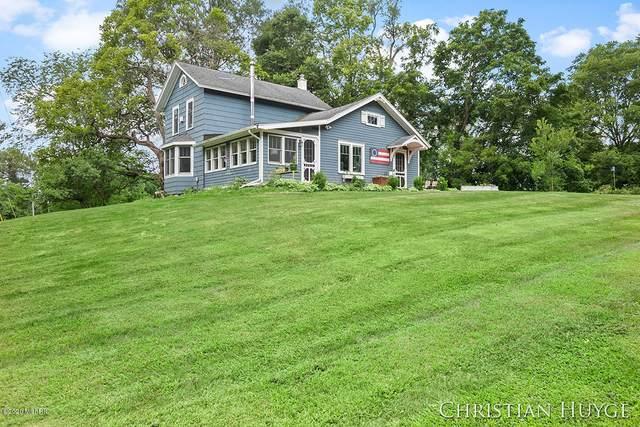 145 Honey Creek Avenue SE, Ada, MI 49301 (MLS #20031472) :: Ginger Baxter Group