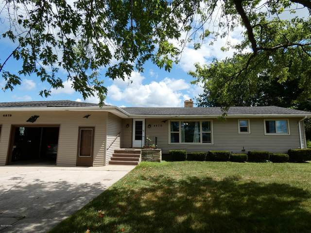 4679 S Pipestone Road, Sodus, MI 49126 (MLS #20031480) :: CENTURY 21 C. Howard
