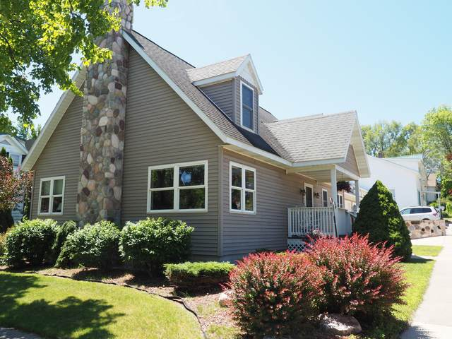 231 10th Street, Manistee, MI 49660 (MLS #20031545) :: JH Realty Partners