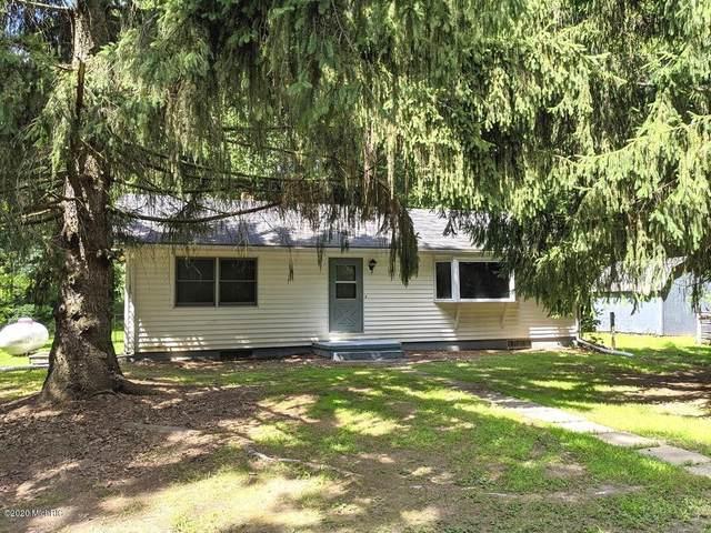2840 Oak Forest Road, Buchanan, MI 49107 (MLS #20031598) :: CENTURY 21 C. Howard