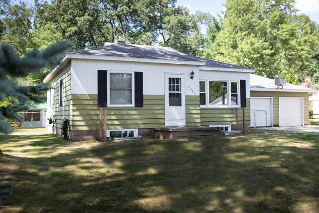 1445 Woodhaven Street, Muskegon, MI 49445 (MLS #20031606) :: Jennifer Lane-Alwan