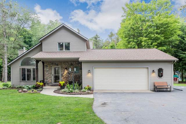 27676 Rolling Pines Court, Lawton, MI 49065 (MLS #20031753) :: JH Realty Partners