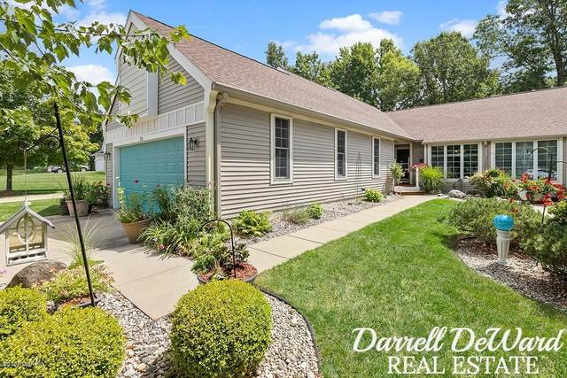 710 W Woodlawn Avenue, Hastings, MI 49058 (MLS #20031933) :: Ginger Baxter Group