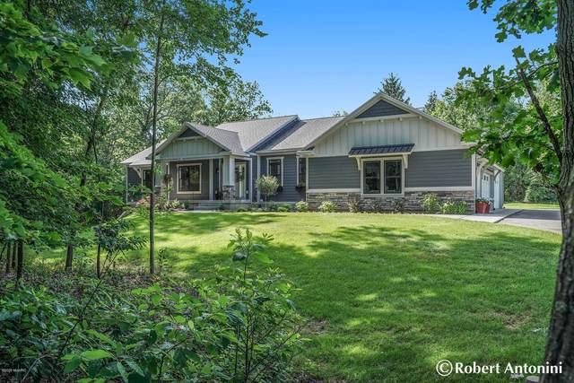 3964 Tree View Drive NE, Grand Rapids, MI 49525 (MLS #20031934) :: Ginger Baxter Group
