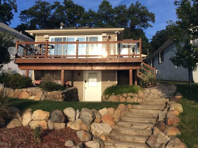 844 E Eagle Lake Drive, Kalamazoo, MI 49009 (MLS #20031974) :: Ginger Baxter Group