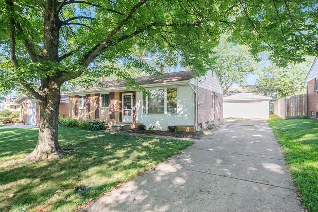 1770 Carlton Avenue NE, Grand Rapids, MI 49505 (MLS #20032661) :: Keller Williams RiverTown
