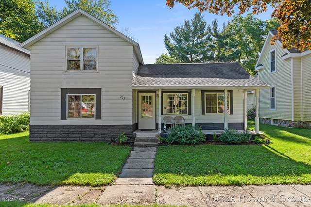 229 Orton Street, Howard City, MI 49329 (MLS #20032688) :: Deb Stevenson Group - Greenridge Realty
