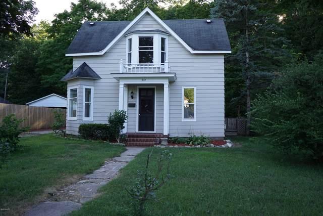 319 Pine Street, Allegan, MI 49010 (MLS #20032894) :: Ron Ekema Team