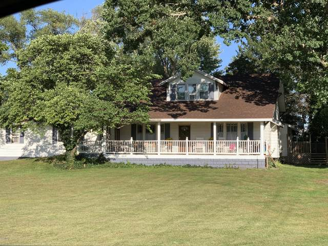 3289 Park Road, Coloma, MI 49038 (MLS #20032994) :: JH Realty Partners
