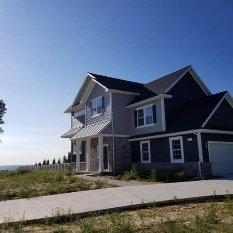 7247 Lakeview Avenue, South Haven, MI 49090 (MLS #20033475) :: Ginger Baxter Group