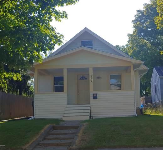 1529 Illinois Avenue, Lansing, MI 48906 (MLS #20033505) :: Ginger Baxter Group