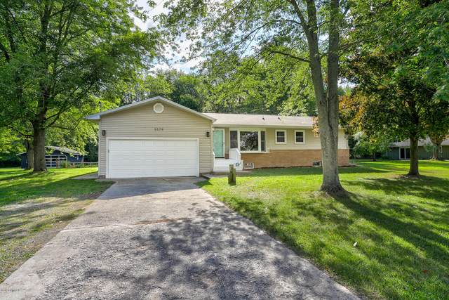5579 Johnson Road, Coloma, MI 49038 (MLS #20033688) :: Ginger Baxter Group