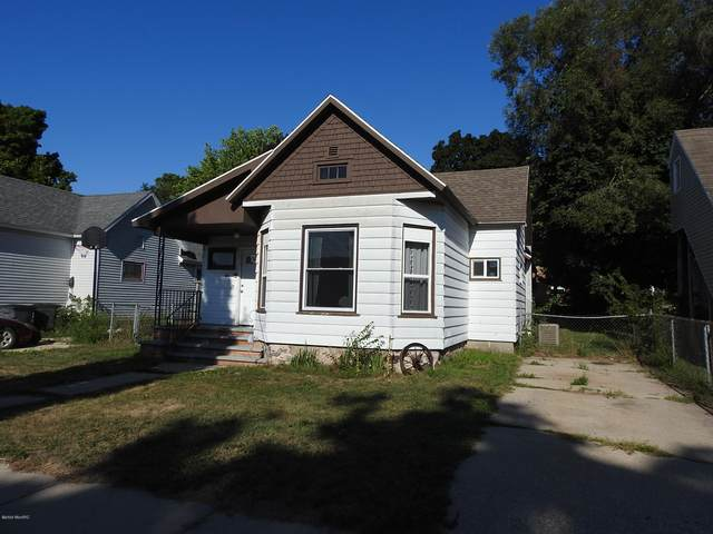 86 N Michigan Avenue, Shelby, MI 49455 (MLS #20033734) :: Ginger Baxter Group
