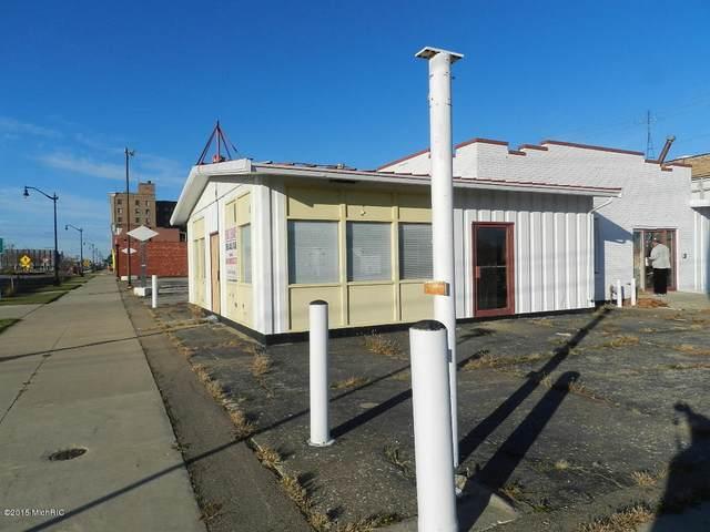 287 E Main Street, Benton Harbor, MI 49022 (MLS #20033868) :: JH Realty Partners