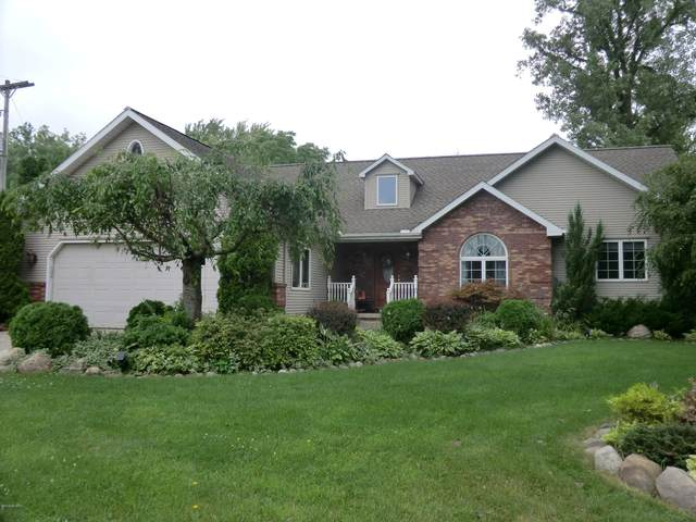 296 E Girard Road, Coldwater, MI 49036 (MLS #20034056) :: Ginger Baxter Group