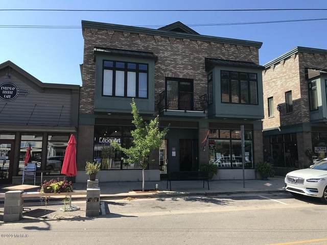 23 Center Street, Douglas, MI 49406 (MLS #20034390) :: JH Realty Partners