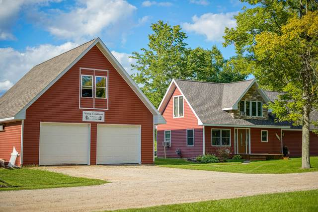 10638 Lake Drive, Evart, MI 49631 (MLS #20034592) :: Ron Ekema Team