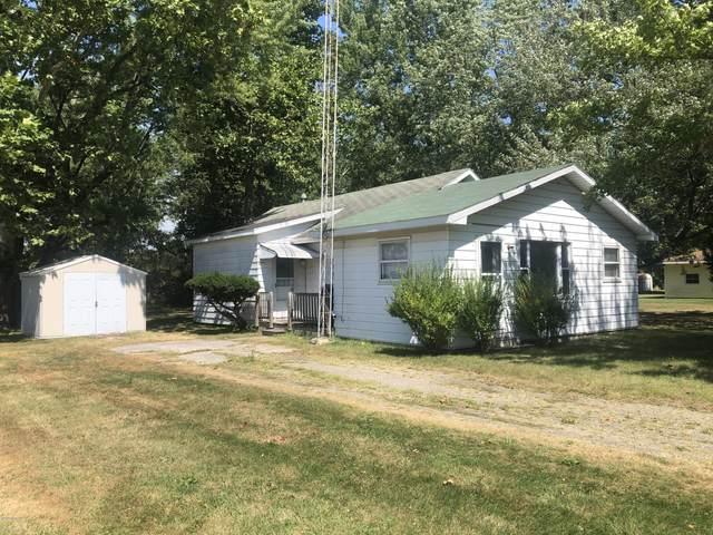 2025 Gaines Drive, Benton Harbor, MI 49022 (MLS #20035790) :: Ginger Baxter Group