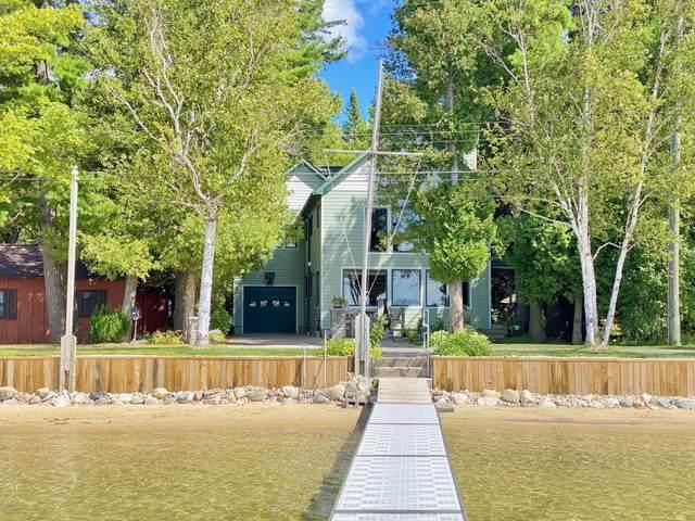 14039 Lakeside Avenue, Bear Lake, MI 49614 (MLS #20035905) :: Ron Ekema Team