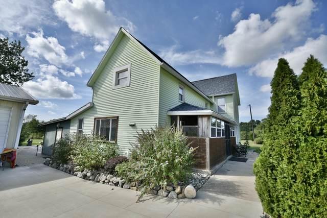 444 Biastock Road, Benton Harbor, MI 49022 (MLS #20036246) :: JH Realty Partners