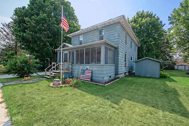 434 E Linden Street, Hartford, MI 49057 (MLS #20036727) :: Ginger Baxter Group