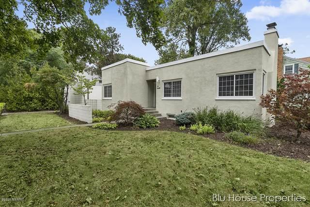 753 Snyder Road, East Lansing, MI 48823 (MLS #20036950) :: Ginger Baxter Group
