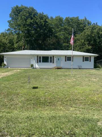 140 Millburg Drive, Benton Harbor, MI 49022 (MLS #20036989) :: Keller Williams RiverTown