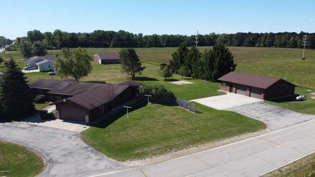 3010 S Summerton Road, Mount Pleasant, MI 48858 (MLS #20036998) :: Ginger Baxter Group