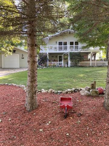 1011 Circle Dr Drive, Lake Isabella, MI 48893 (MLS #20037031) :: JH Realty Partners
