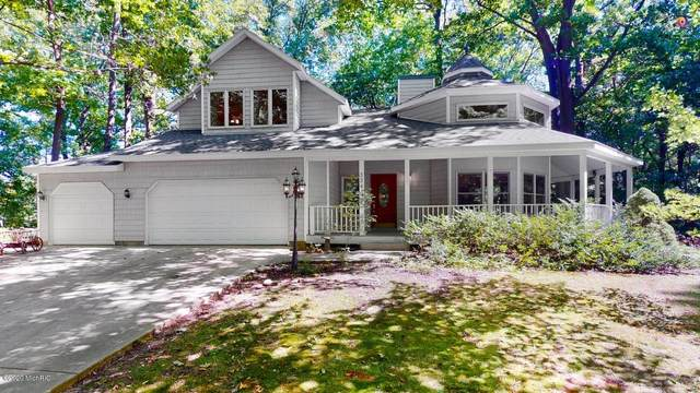 3341 Clearview Lane, Saugatuck, MI 49453 (MLS #20037159) :: Ginger Baxter Group