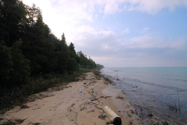 W Us-23 Highway Lot 15, Cheboygan, MI 49721 (MLS #20037169) :: JH Realty Partners