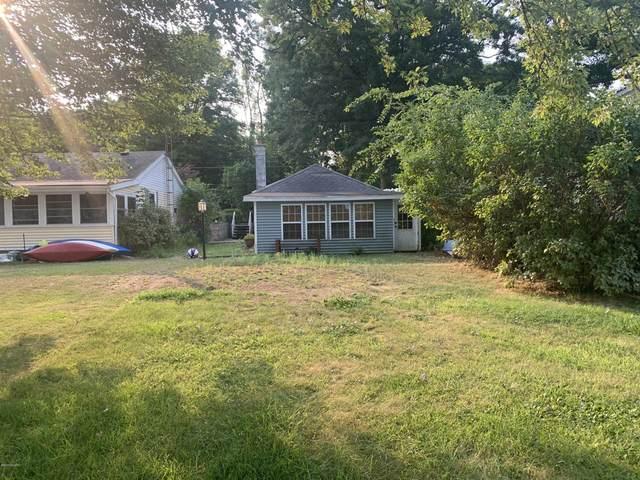 941 Orchard Drive, Marshall, MI 49068 (MLS #20037193) :: Keller Williams RiverTown