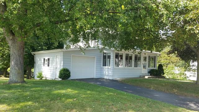 72.5 W Bacon Street, Hillsdale, MI 49242 (MLS #20037340) :: JH Realty Partners