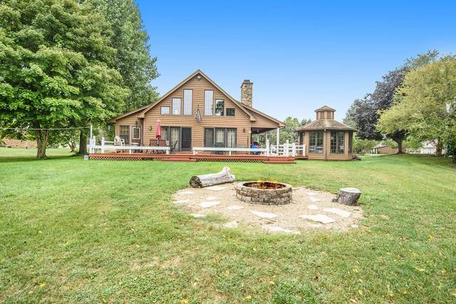 46242 Lakeview Drive, Decatur, MI 49045 (MLS #20037835) :: JH Realty Partners