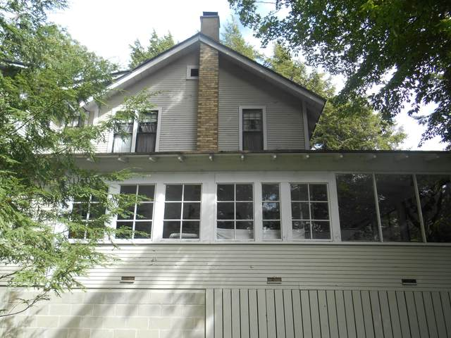 81 Indian Trails Drive, Grand Haven, MI 49417 (MLS #20038083) :: JH Realty Partners