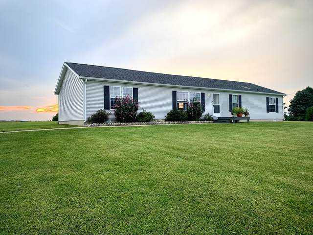 52992 Garret Road, Dowagiac, MI 49047 (MLS #20038226) :: Ron Ekema Team