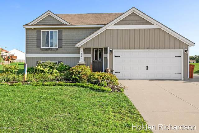 16251 Trent Ridge Drive, Cedar Springs, MI 49319 (MLS #20038233) :: Keller Williams RiverTown