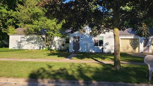 420 S Weaver Avenue, Fremont, MI 49412 (MLS #20038429) :: Ginger Baxter Group