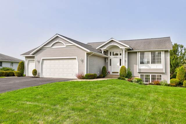 10529 N Springfield Circle, Zeeland, MI 49464 (MLS #20038568) :: Ginger Baxter Group
