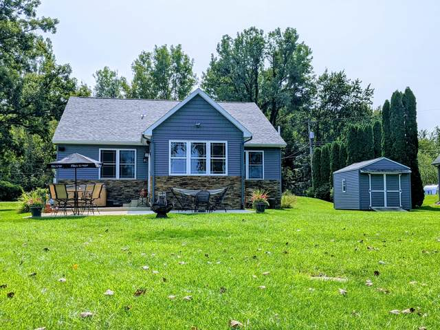 265 Lakeside Drive, Quincy, MI 49082 (MLS #20038592) :: JH Realty Partners